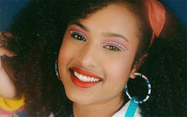 Volumen, color y brillo: así era el maquillaje en los años 80
