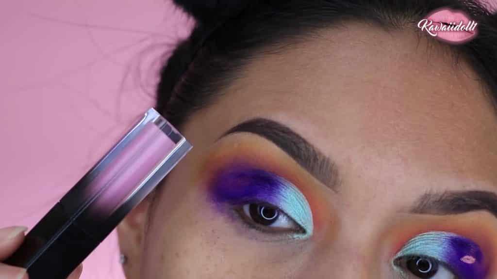 maquillaje de fantasía rapunzel 2020 kawaiidoll1 aplicamos sombra violeta de la paleta de colores de fantasía