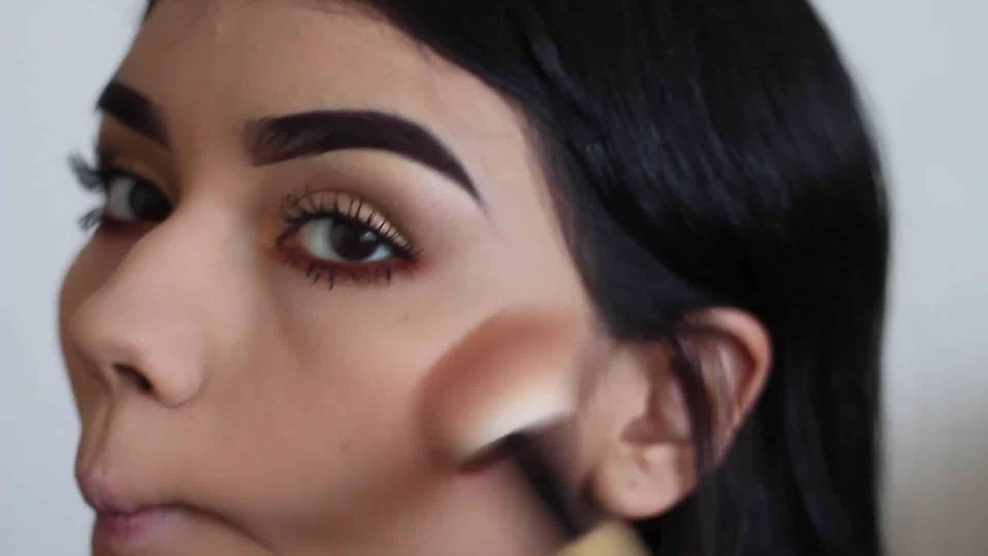 Paulina del Campo Maquillaje para cuando tienes pereza 2020,bronceador, mejillas bronceadas.