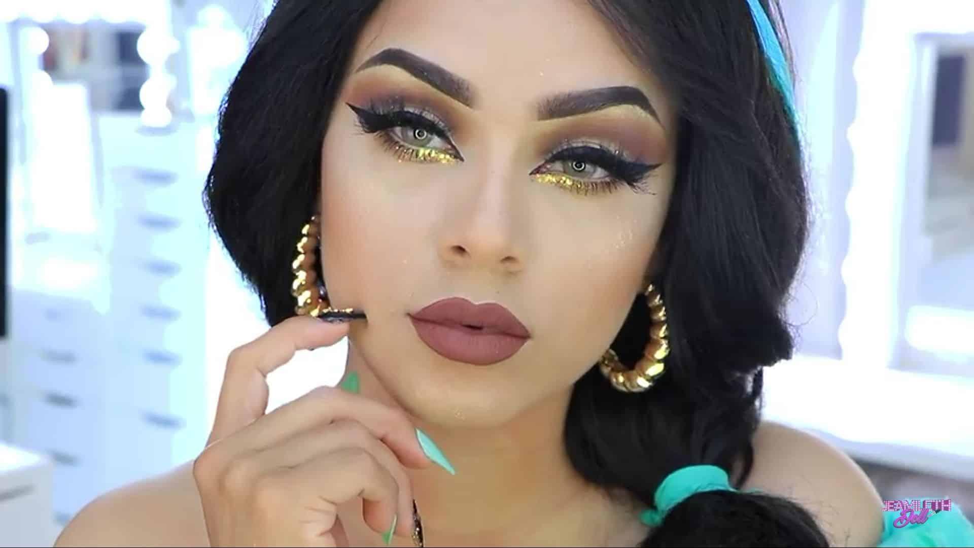 Maquillate como Jasmine facil y rapido Jeamileth Doll 2020, resultado final primer plano