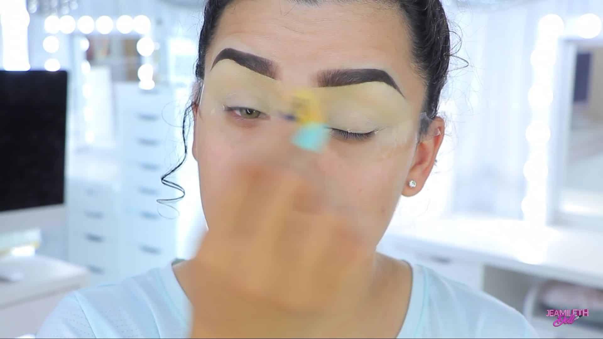 Maquillate como Jasmine facil y rapido Jeamileth Doll 2020,difuminado del corrector de ojos.