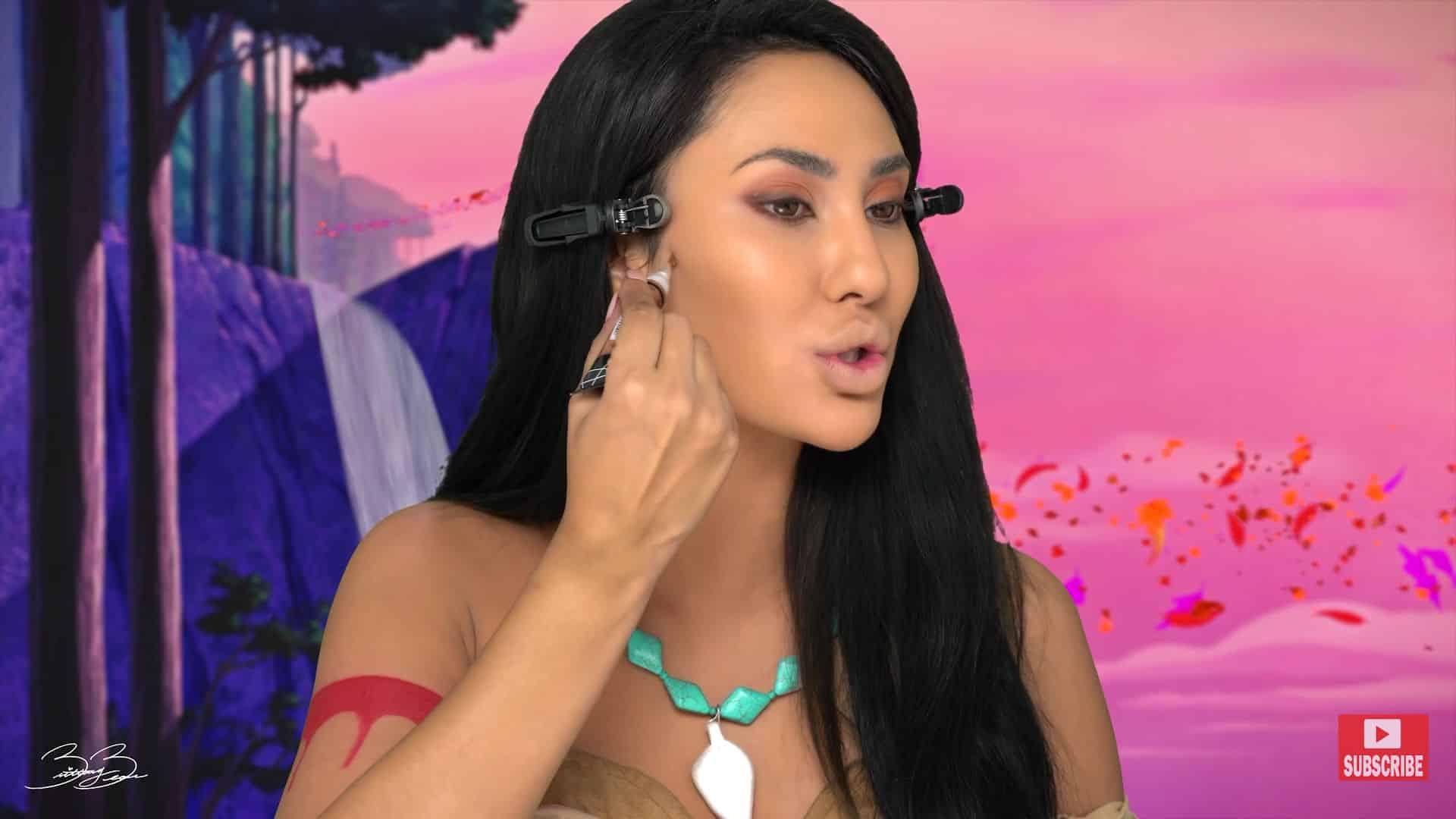Maquíllate como la princesa Pocahontas,BrittanyBearMakeup 2020. marcar rasgos con corrector.