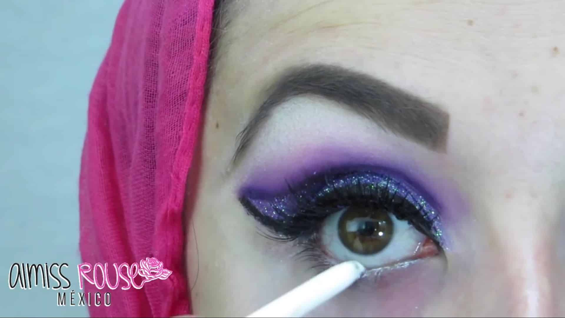 Paso a paso maquillaje Árabe almiss rouse 2020, delineado de linea de agua.