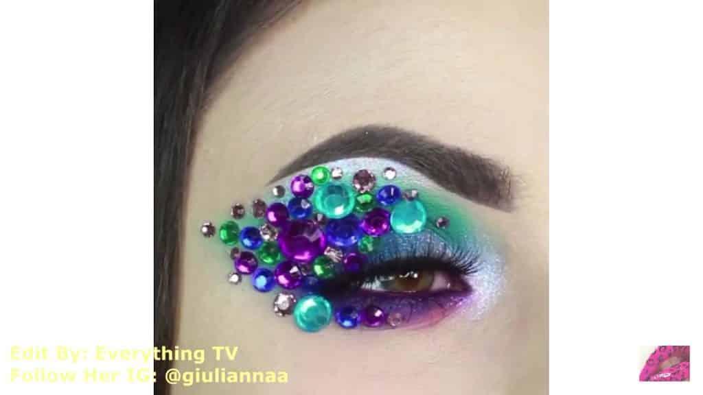 Hermosos diseños de fantasía para los ojos Samantha Hermoso 2020, resultado final.