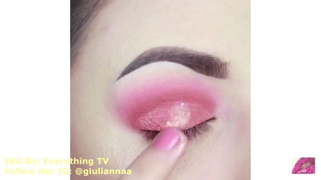 Hermosos diseños de fantasía para los ojos Samantha Hermoso 2020, sombra dorada para la cuenca del ojo.