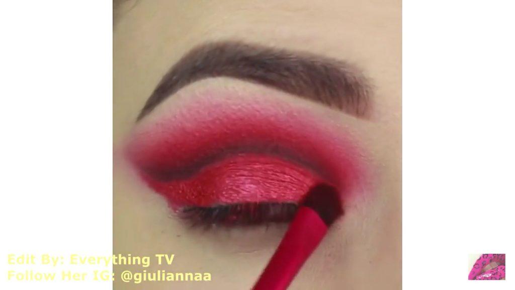 Hermosos diseños de fantasía para los ojos Samantha Hermoso 2020, sombra roja brillante
