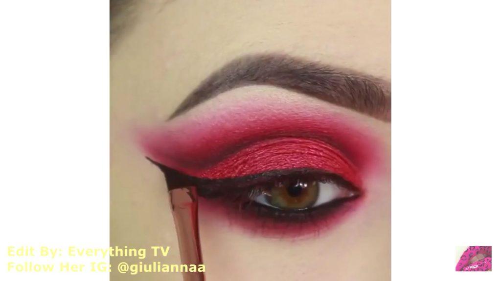 Hermosos diseños de fantasía para los ojos Samantha Hermoso 2020, delineado con sombra liquida negra