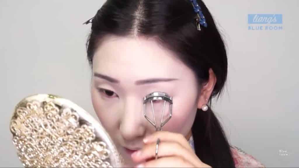Maquíllate como la hermosa  Mulan  Liang �량� 파란방2020, pestañas rizadas