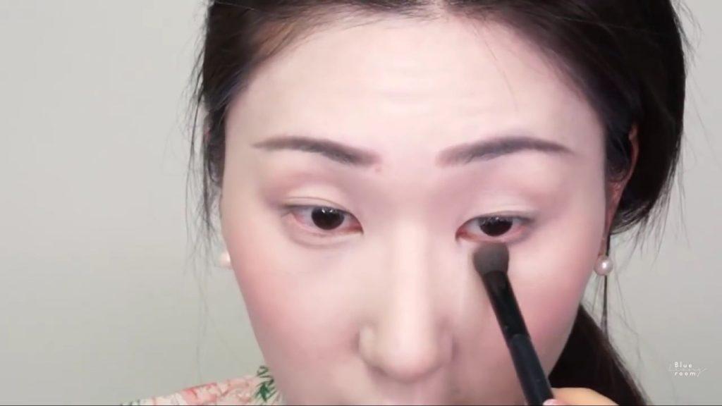Maquíllate como la hermosa  Mulan  Liang �량� 파란방2020, sombra debajo de la linea de agua