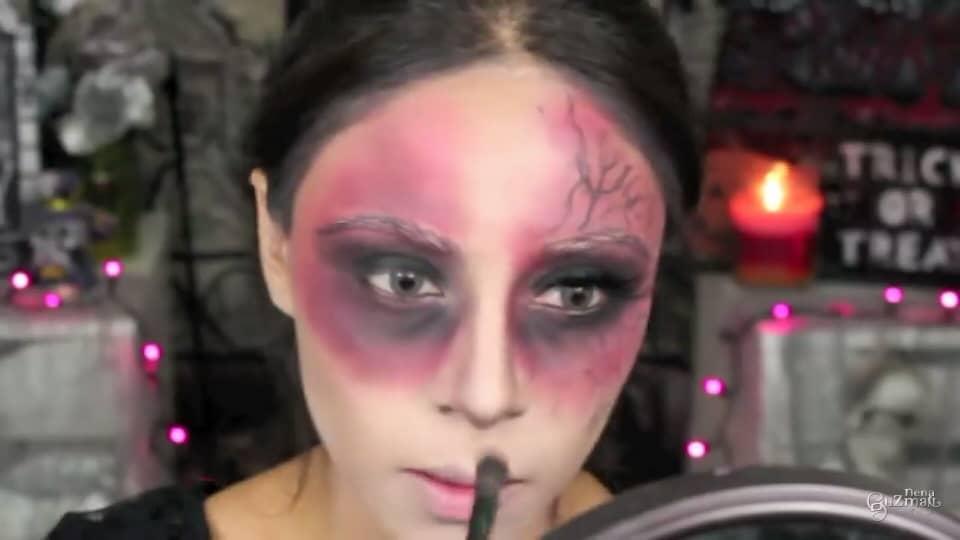 maquillaje de bruja 2020 nena guzman  definimos con el restante de la sombra negra