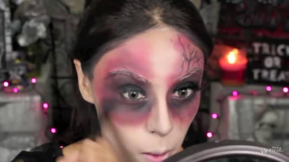 maquillaje de bruja 2020 nena guzman sombra negra para dar profundidad