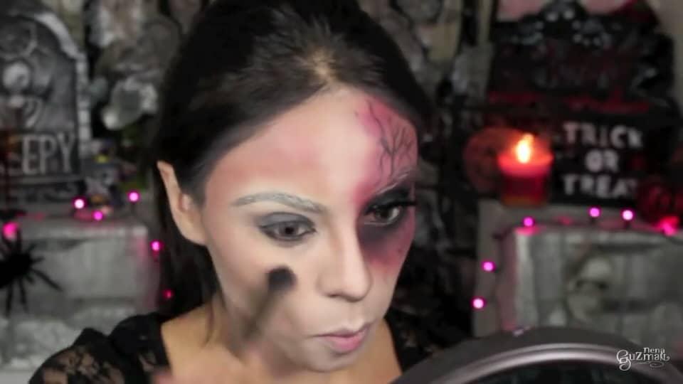 maquillaje de bruja 2020 nena guzman toques de color en las mejillas