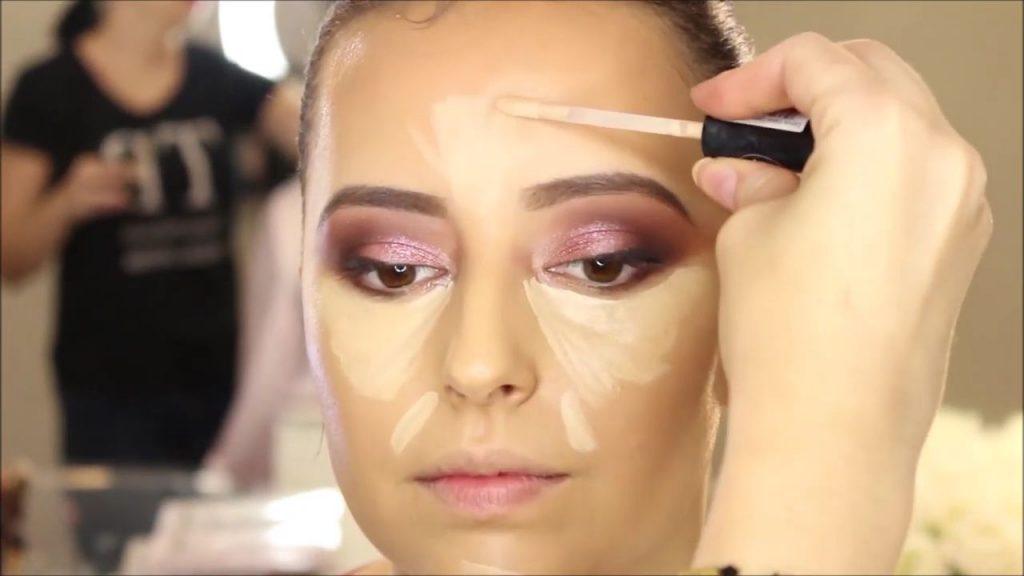 Iluminado de zonas altas del rostro. Tendencias de Maquillaje para novia 2020 Tania Makeup