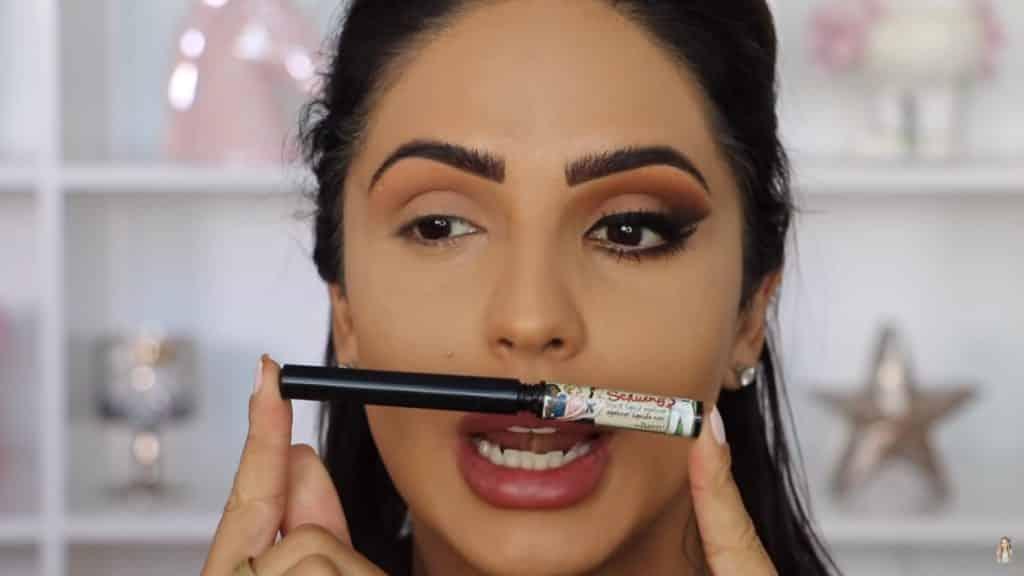 Maquillaje de ojos actual 2020 con Jackie Hernandez delineador lquido the balm