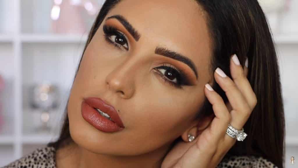 Maquillaje de ojos actual 2020 con Jackie Hernandez look terminado