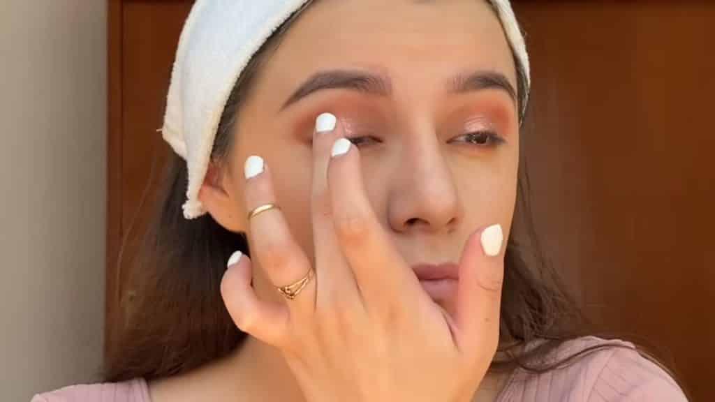 maquillaje para adolescentes 2020 anel flynn aplicamos sombra mars