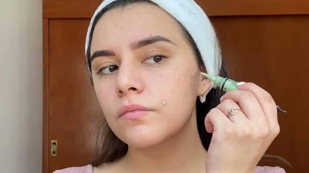maquillaje para adolescentes 2020 anel flynn ccorrector verde