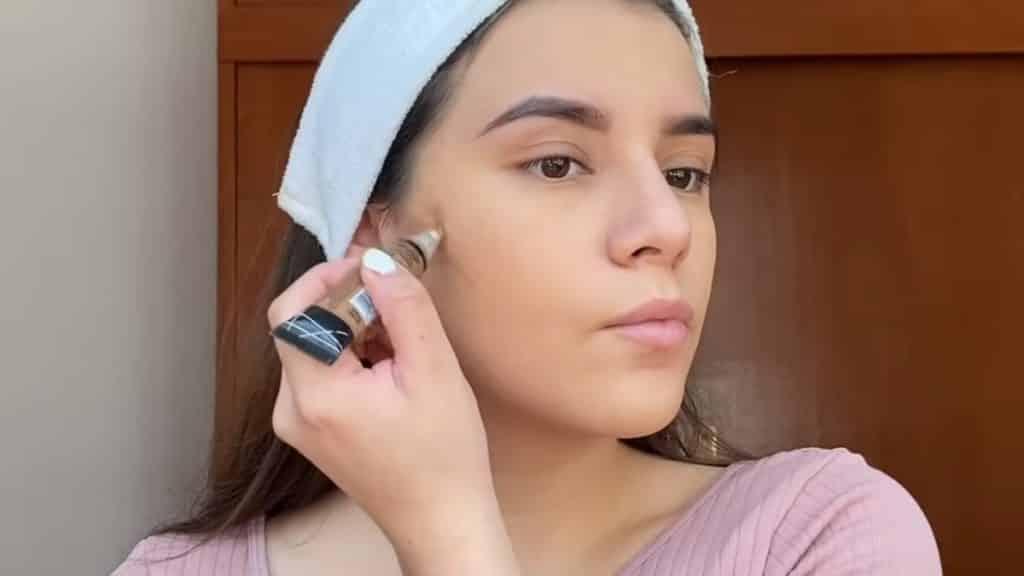 maquillaje para adolescentes 2020 anel flynn contorno ligero