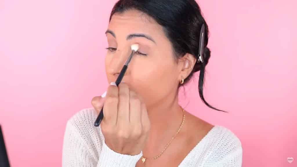 Maquillaje natural fácil 2020 eva davis aplicando sombras