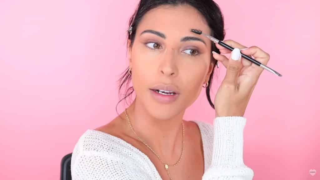 Maquillaje natural fácil 2020 eva davis peinamos cejas