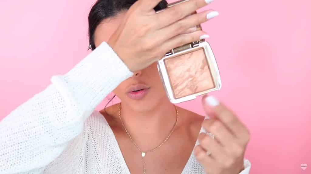 Eva Davis maquillaje natural fácil 2020 Hourglass Ambient® Lighting Bronzer (radiant finish)