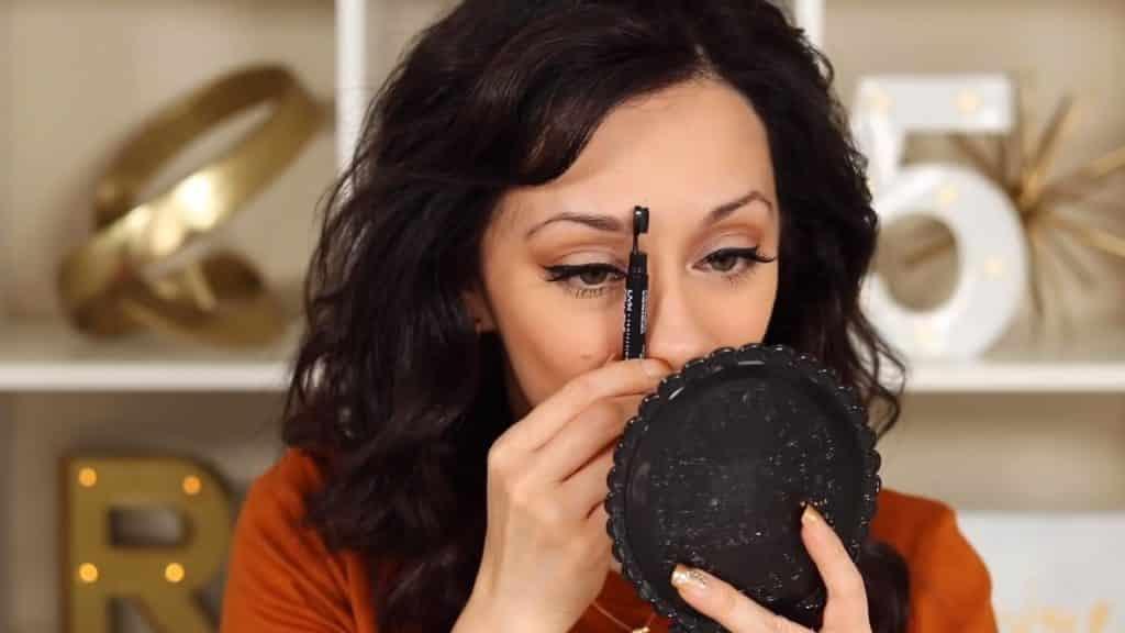 Maquillaje de cejas tendencias 2020 Rosy McMichael y Nyx Professional Makeup medimos la ceja