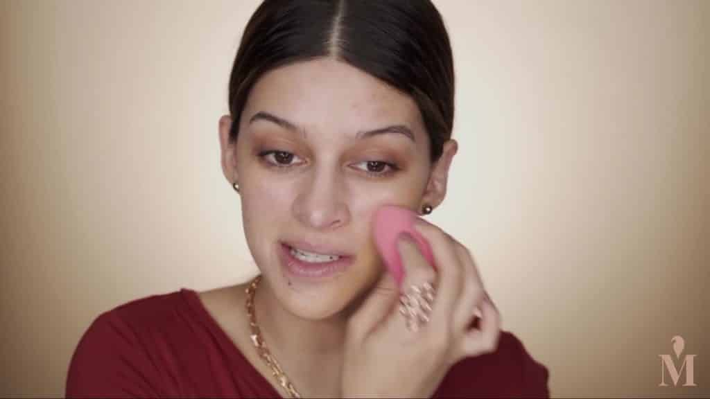 Maquillaje de verano duradero Mariana Zambrano 2020. base