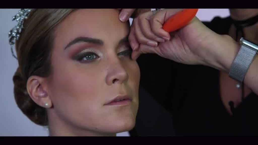 NOVIA DE DÍA | Maquillaje por CRISTINA CUELLAR - Rizado de pestañas