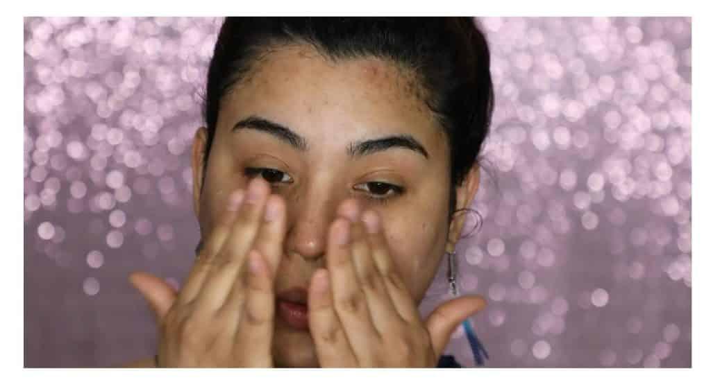 Aprende a hacer un maquillaje duradero para verano con este tutorial de Roccibella protector solar