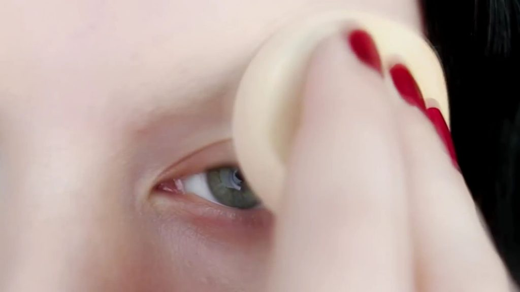 Cobertura de cejas con polvos hd. Tutorial de Maquillaje Anime Kakegurui - Yumeko Jabami | Kleiner Pixel.