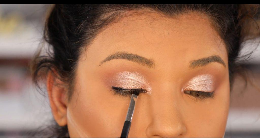 Atrévete a dar un cambio radical, con un maquillaje neutro y fácil de la mano de Roccibella delideador
