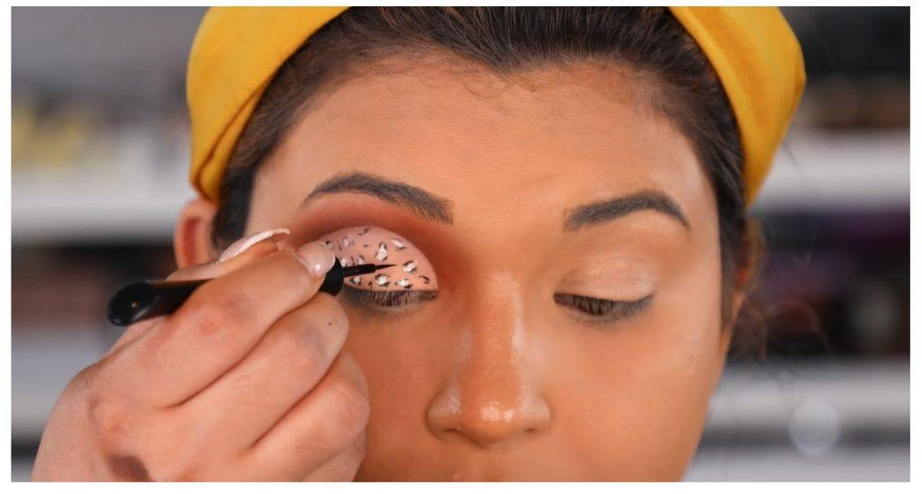 ¡Tutorial! Aprende a maquillar tus ojos de animal print con Roccibella delinear
