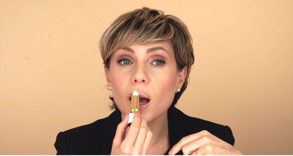 Maquillaje para labios finos tutorial hidratar
