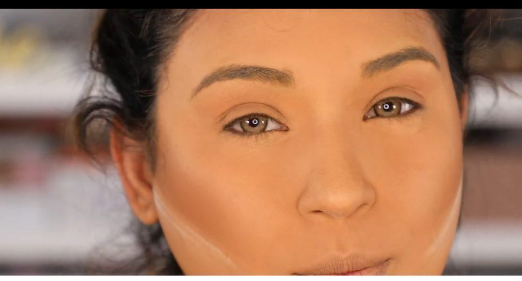 Atrévete a dar un cambio radical, con un maquillaje neutro y fácil de la mano de Roccibella lentes de contacto