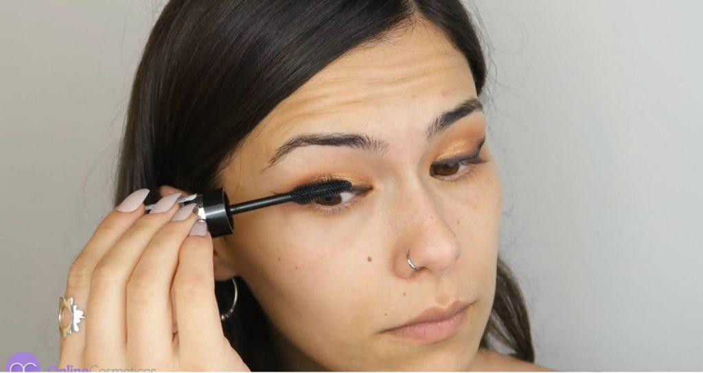Maquillaje de noche para vestido negro ¡Paso a paso! Máscara