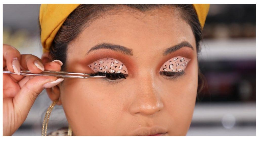¡Tutorial! Aprende a maquillar tus ojos de animal print con Roccibella pestañas postizas