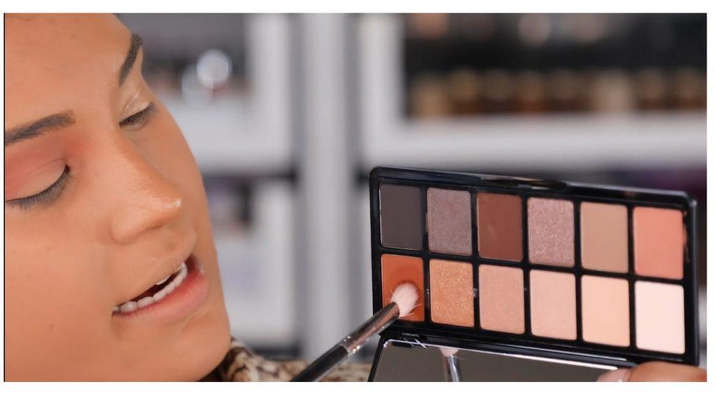 ¡Tutorial! Aprende a maquillar tus ojos de animal print con Roccibella sombras