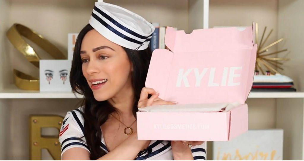 Conoce Sailor Collection, lo nuevo de Kylie Cosmetics, de la mano de Rosy McMichael