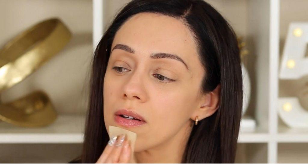 ¡Conoce Rare Beauty! La nueva línea de productos de Selena Gómez de la mano de Rosy McMichael hojitas para quitar la grasa