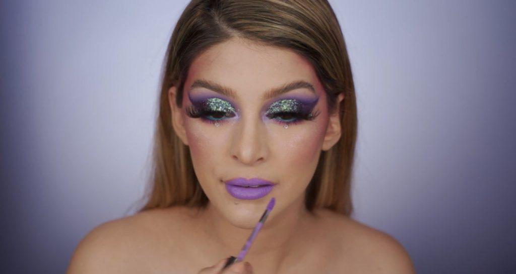 Aprende a hacer un maquillaje de fantasía de la mano de Mariana Zambrano ¡Tutorial! Labial