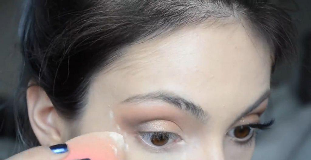 Maquillaje natural para la noche ¡Tutorial! Aplicar polvos translúcidos