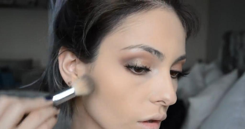 Maquillaje natural para la noche ¡Tutorial! Aplica bronzer