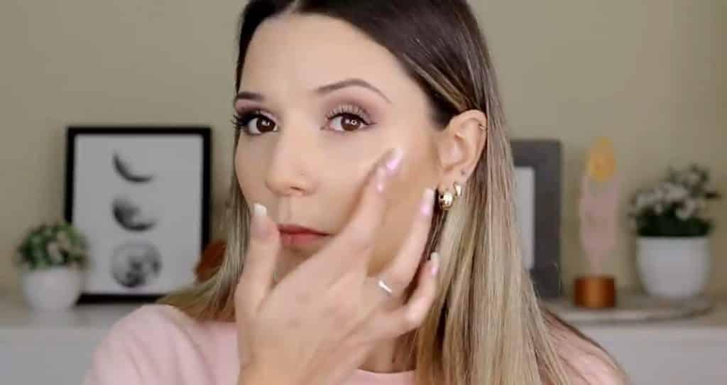 Maquillaje para el día probando productos Mary Kay ¡Nanu Makeup quedó impactada! Iluminador