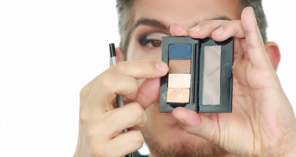 Conoce los productos Mary Kay de la mano de Martin Catalogne Makeup sombra en el tono bronce metalizado