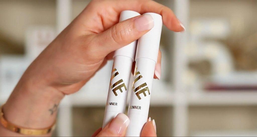 Conoce Sailor Collection, lo nuevo de Kylie Cosmetics, de la mano de Rosy McMichael iluminadores del Shadow Stick Duo