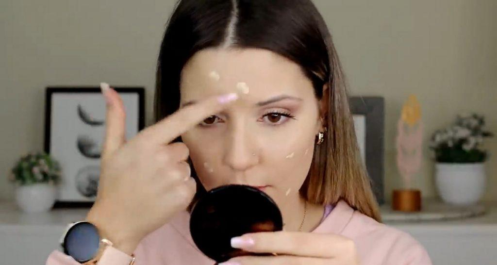 Maquillaje para el día probando productos Mary Kay ¡Nanu Makeup quedó impactada! Aplicar segunda capa de base