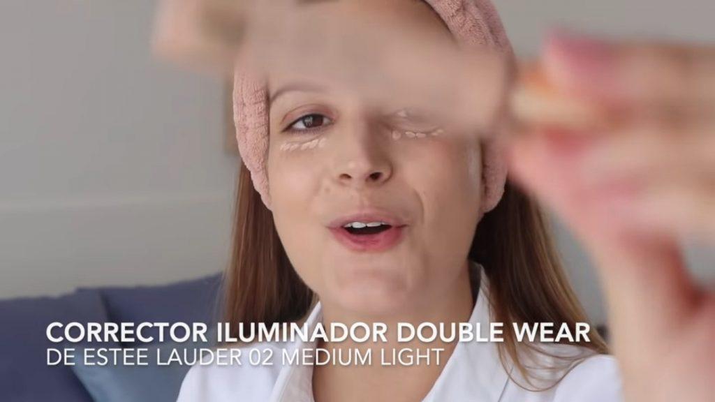 Maquillaje diario con tonos rojizos en 10 minutos