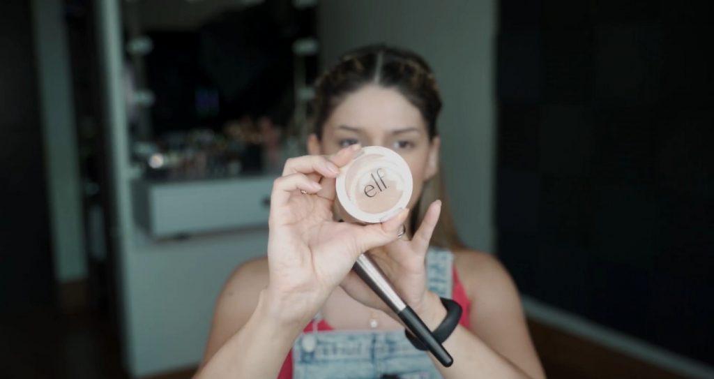Maquillaje para principiantes paso a paso con Mariana Zambrano Bronzer elf