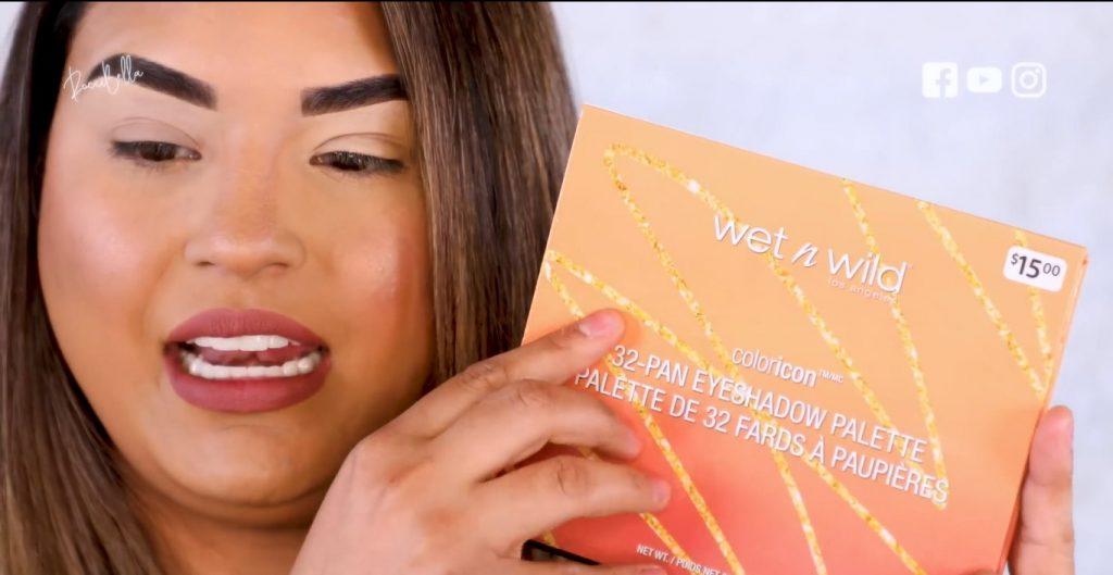 Aprende a aplicar las sombras para un maquillaje de noche, de la mano de Roccibella paleta de sombras de la marca Wet n Wild